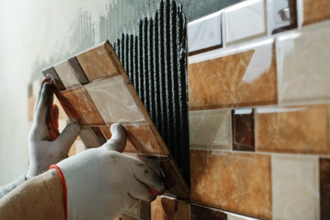 Tilers Melbourne - Tuscany Services having years of experience and expertise in commercial and residential tiling in Melbourne.